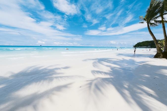 White Beach photo by Erwin Lim