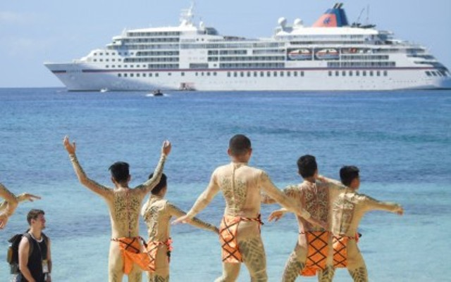 Cruise ship brings 300 tourists to Leyte island